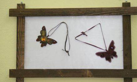 """""""Љубовни пеперутки"""" – изложба на уметнички накит од Соња Гиздавиќ"""