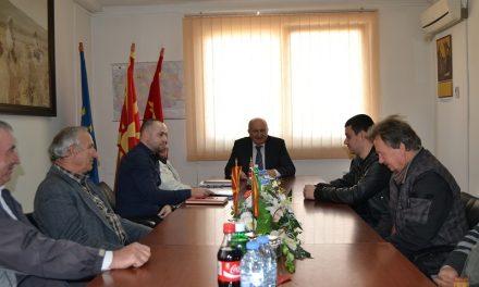 Градоначалникот Димитровски додели решенија за легализација на бесправно изградени објекти
