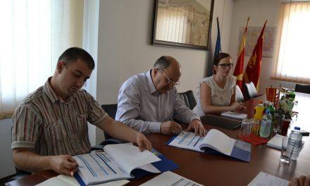 Во Кочани потпишан договор за буџетски форуми