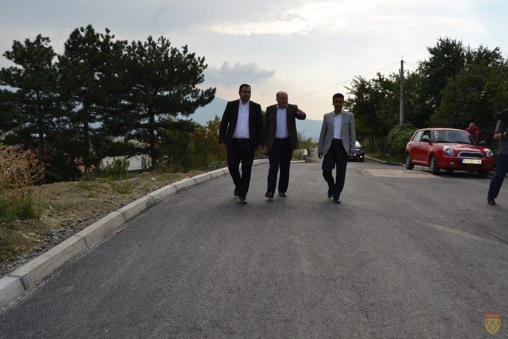 Министерот Мустафа во посета на Општина Кочани
