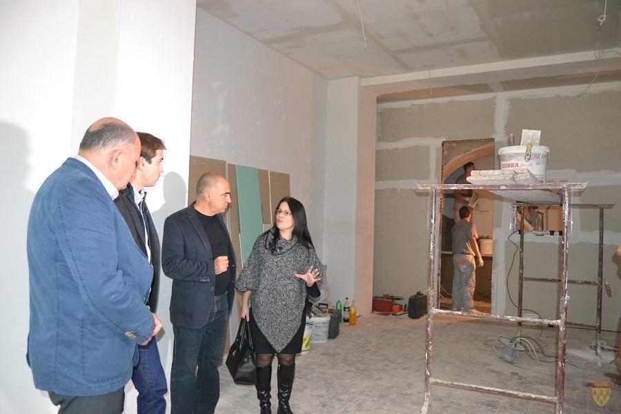 Министерот Диме Спасов во посета на објектот детска градинка во Оризари