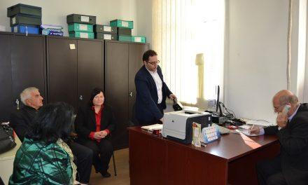 Директорот на Управата за имотно-правни работи во посета на Кочани