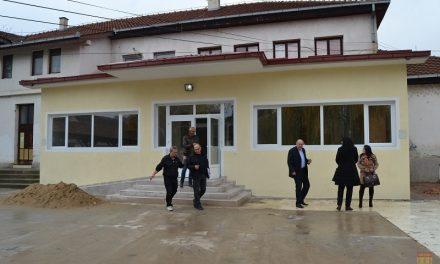 Во завршна фаза изградбата на градинката и на спортската сала во Оризари