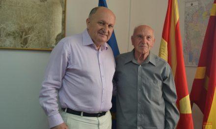 Средба на Димитровски со синот на војводата Славчо Абазов