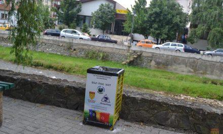 """Контејнери и канти – донација од """"Еко-пак хит"""" за Општина Кочани"""