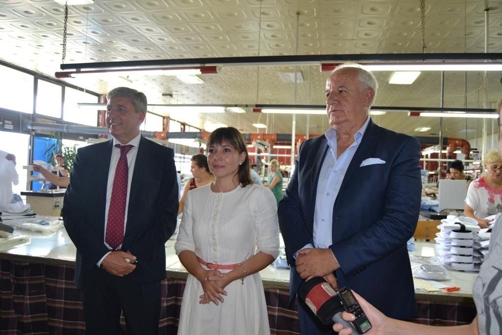 Министерката Царовска од Кочани најави мерки за раст на просечната плата