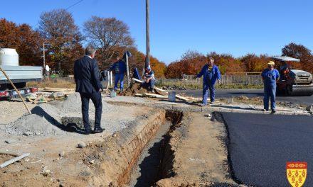 Започна асфалтирањето на делницата Пониква – Кочани
