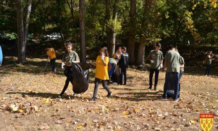 Младинска еколошка акција за расчистување и уредување на излетнички локалитети во Кочани
