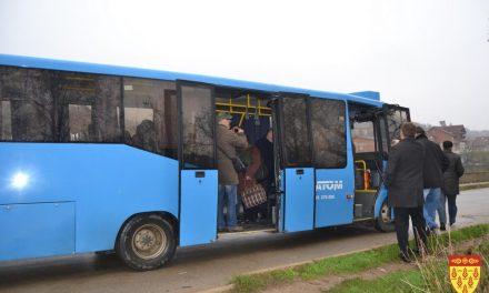 Учениците од Кочани го користат постојниот линиски превоз