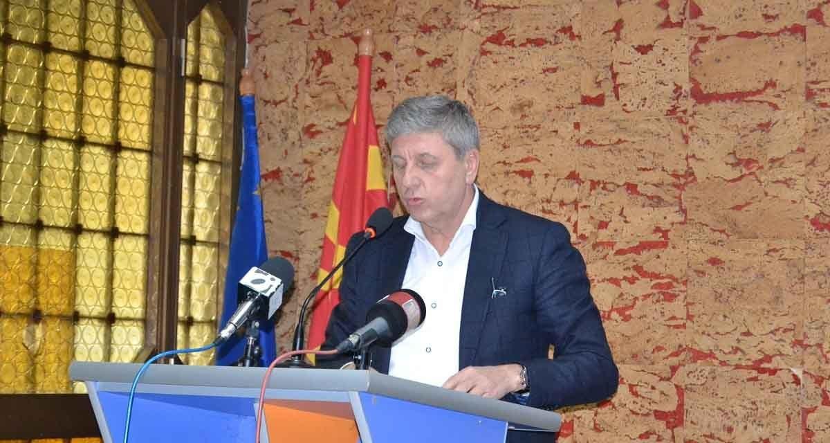 Градоначалникот Илијев со забелшка до Советот – опозицијата се препозна и ја напушти седницата