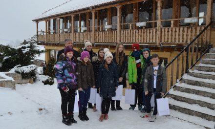 Ученици од Крижевци зимуваа на Пониква