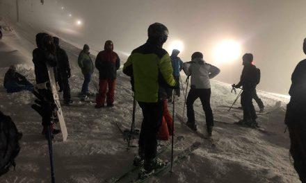 Организирано првото ноќно скијање на Пониква
