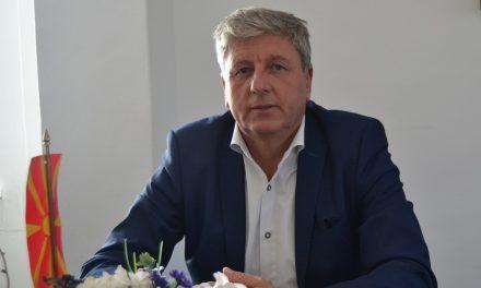 Честитка од градоначалникот Илијев за Денот на Власите