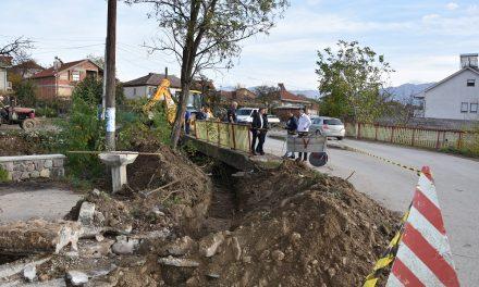Реконструкција на канализацијата во Тркање