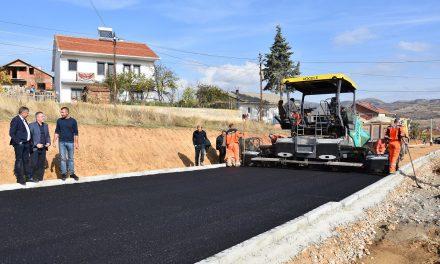 """Се асфалтира улицата """"Енгелсова"""" – најстарата сообраќајна врска меѓу Кочани и Оризари"""