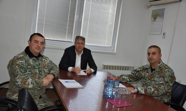 Средба на градоначалникот Илијев со претставници на Вториот пешадиски баталјон од Штип