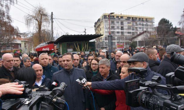 Претседателот на Владата Оливер Спасовски – на празникот Водици во Кочани