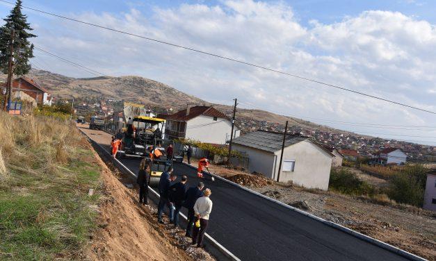 Општина Кочани – подготвена за претстојната градежна сезона: од најавените 30 улици за асфалтирање, за 17 се избрани изведувачи