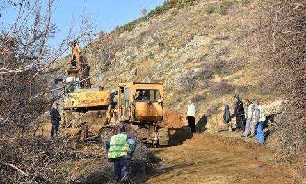 Засилено се одвиваат земјените работи на патот Оризари – Добра Вода