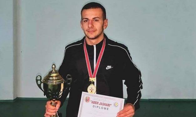 Спортската стипендија од Општина Кочани за борачот Столе Ефтимов