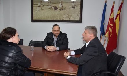 """Средба на градоначалникот Илијев со претставници на Здружението за екологија """"Грин.орг"""""""