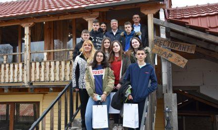 Ученици од Крижевци на зимување на Пониква