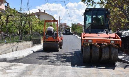 Се асфалтираат улици од Проектот за подобрување на општинските услуги