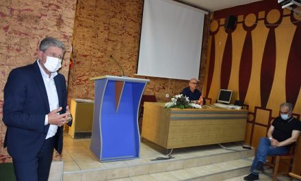 Министерот Димковски на средба со земјоделците: Целосно се исплатени дополнителните субвенции за оризовата арпа