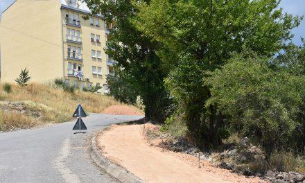 Се градат тротоари на улиците во непосредна близина на новата детска градинка