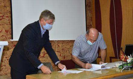 Почнуваат работите за осветлување на селата Горни Подлог, Долни Подлог и Мојанци