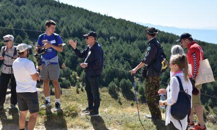 """Меѓународни претставници и граѓански организации учествуваа на планинарската тура """"Дојди на Пониква, запознај го регионот"""""""