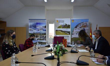 Амбасадорката на Обединетото Кралство Рејчел Галовеј во посета на Кочани
