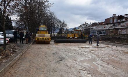 Изградбата на платформата за монтажната модуларна болница во Кочани е во завршна фаза