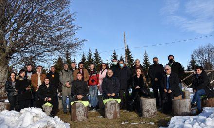 На Пониква – средба на градоначалникот Илијев со новинари