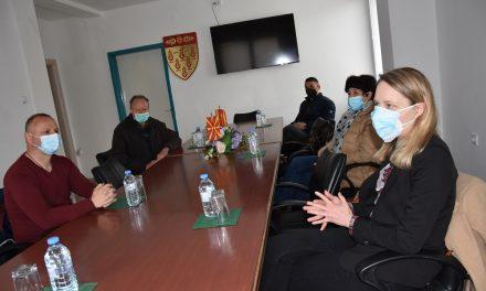 По повод Денот на крводарителството – средба на претставници од кочанскиот Црвен крст и градоначалникот Илијев