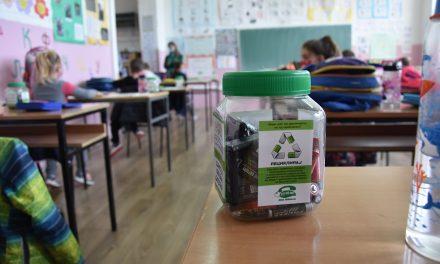 """Општина Кочани и """"Нула отпад"""" – со еколошка едукација за правилен третман на опасниот отпад"""
