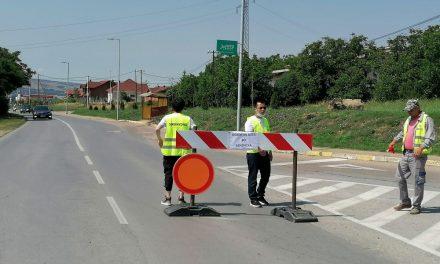 Учесниците во сообраќајот да бидат внимателни и претпазливи – времен режим на сообраќај на неколку локации во Кочани